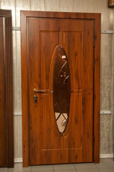 входные двери квартирные МДФ(16мм) с двух сторон, зеркало сдвух сторон.