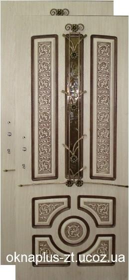 """Входные двери """"Эксклюзив&quot ; : стеклопакет, ковка"""