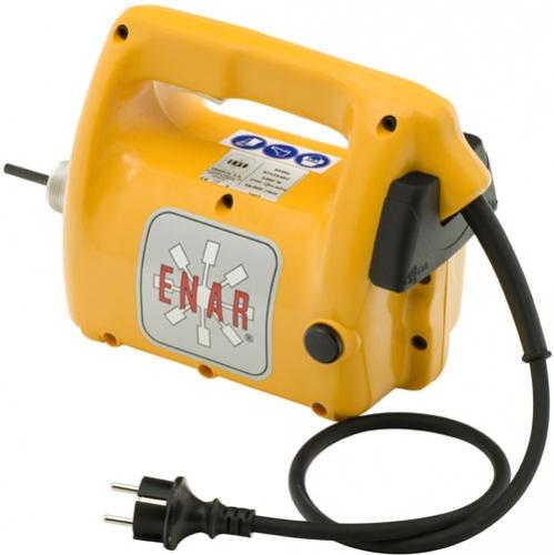 Вибратор глубинный AVMU 2,3кВт 220В 50-60Гц Уровень защиты IP26 Вращение: 18000 об/мин Вес: 4,5 кг