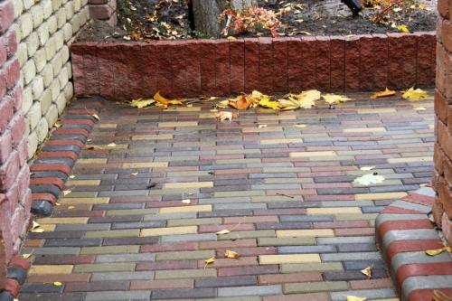 Вибропрессованная тротуарная плитка кирпич узкий, продажа, укладка