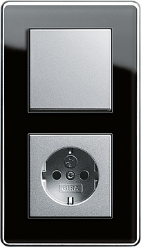 Выключатели розетки Gira Esprit /Германия/. Стекло, металл, дерево венге.