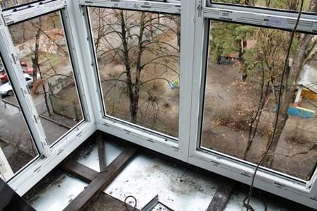 Вынос балкона по полу на позняках цена 1100 грн. заказать в .