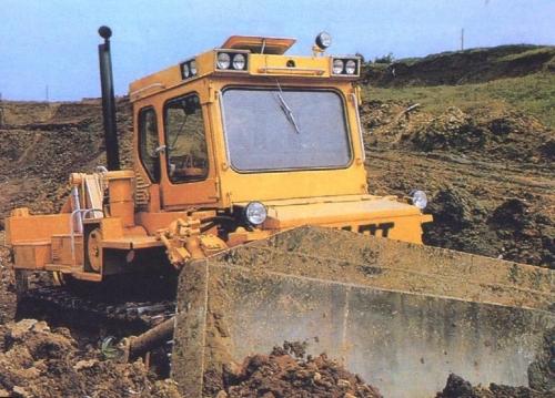 Выполним землеройные работы собственными бульдозерами