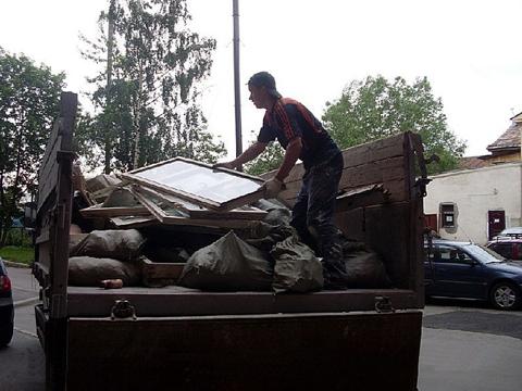 Вывоз погрузка строительного мусора Донецк.