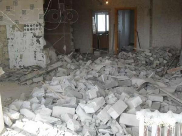 вывоз погрузка строительного мусора хлама земли зил камаз