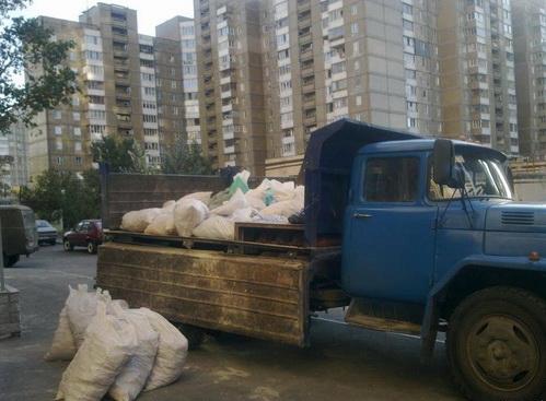 Вывоз строительного мусора Донецк, погрузка грузчиками строительного мусора Донецк