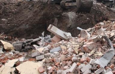 Вывоз строительного мусора МАЗами (самосвалами)