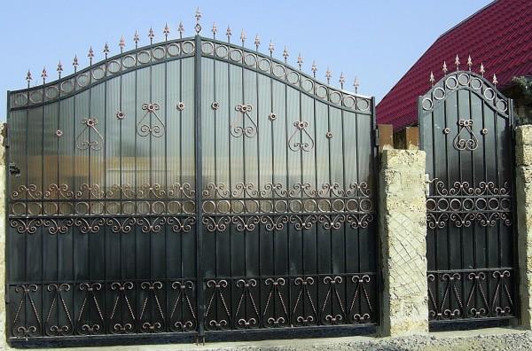 Ворота - гаражные, распашные, откатные. Простые и сложные с ковкой!!!Калитки