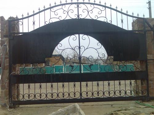 Ворота( откатные, роспашные), калитки, заборы
