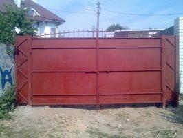 Ворота распашные.