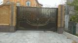 Ворота с элементами ковки и литья