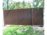 Заборы, ворота и калитки из черного металла, с коваными элементами