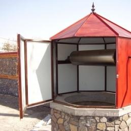 Восьмигранный домик для колодца