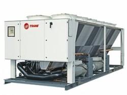 Воздухоохлаждаемая холодильная машина с винтовым компрессором серии RTM (273-643кВт)
