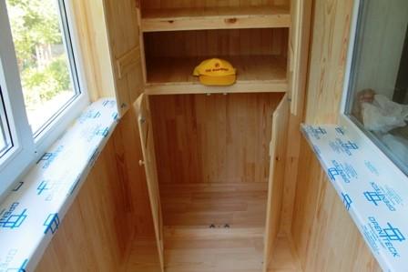 Встроенный шкаф для балкона на Дарнице