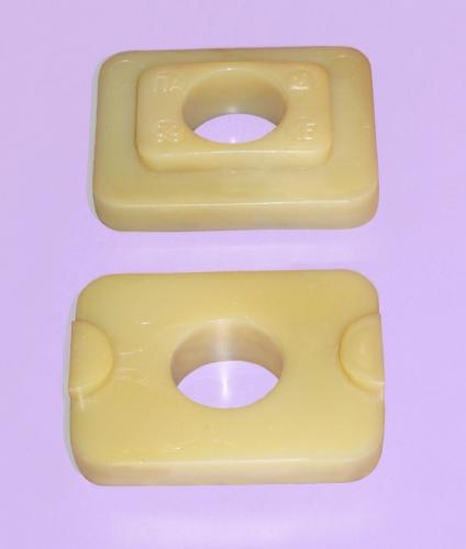 Втулка изолирующая из полиамида для рельсовых соединений типа КБ.