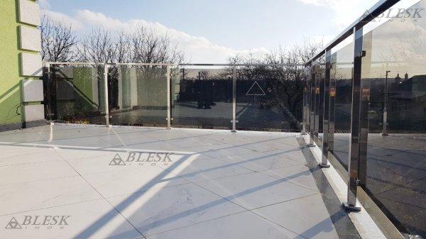 Фото 5 Перила для балкона с поручнем из нержавеющей стали и стекла 339322