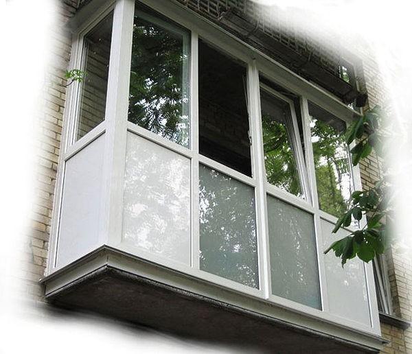 якісне скління, оздоблення різними матеріалами балконів, лоджій.