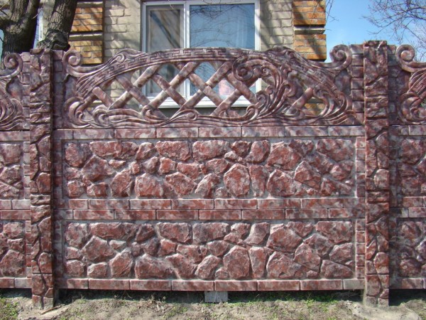 Забор по технологии Гранилит рубин