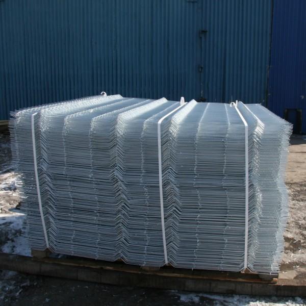Заборы Казачка из проволочных секций оцинкованные от производителя. Секция до 2,2х6 м. Диаметр проволоки 4 и 5 мм.