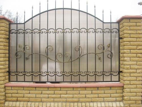 Заборы с готовых кованых элементов /от 450 грн. /кв. м