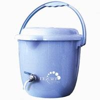 Засыпной фильтр Гейзер Дачник для очистки воды с повышенной концентрацией солей жесткости.
