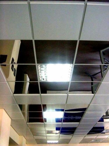 Зеркальный подвесной потолок из алюминия 0,4мм, нержавеющей стали 0,5мм! Кассета зеркальная модуль 600*600