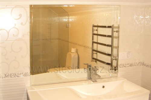 Зеркало (ванная комната)