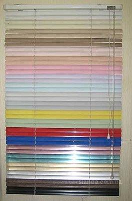 ЖАЛЮЗІ вертикальні горизонтальні широкий вибір кольорів та тканин, стислі терміни, тканинні ролети