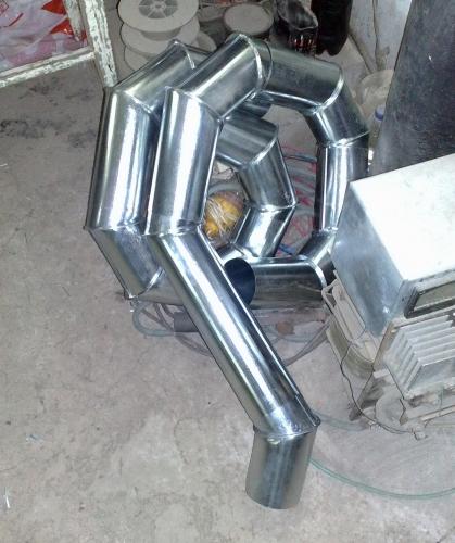 Жестянка - водостоки, колпаки и прочие элементы накрытия из окрашенной и оцинкованной тонколистовой стали.