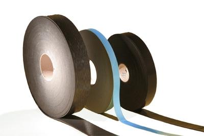 Звукоизоляционная лента ИЗОЛОН, снижает уровень вибрации на элементах каркаса гипсокартона.30*30,50*30,70*30,95*30 мм.